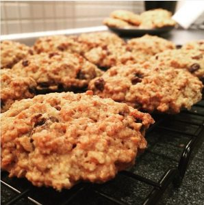 Fran's Oatmeal and Raisin Cookies
