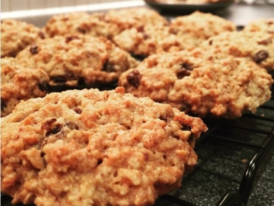 Oatmeal and Raisin Cookies